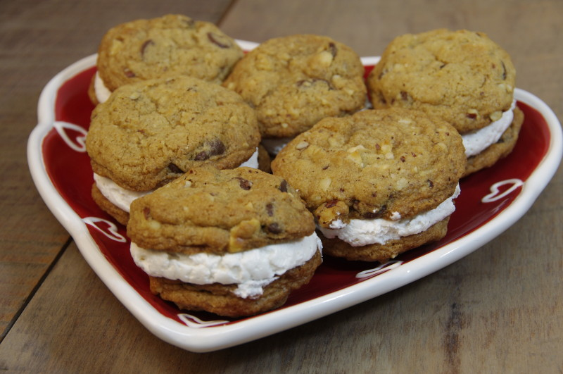 Northwest Rocky Road Cookie Sandwiches