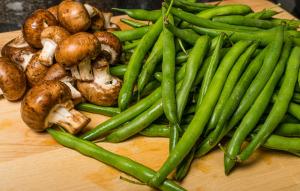 Mushrooms & green beans