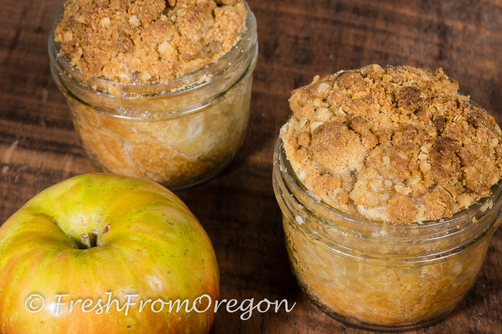 Crumb top Apple Pie
