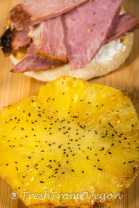 Bays English Muffin with creamcheese, ham and grilled peppered pineapple