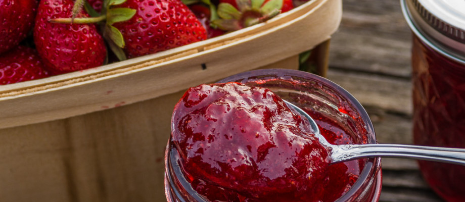 Homemade Strawberry Lemon Jam